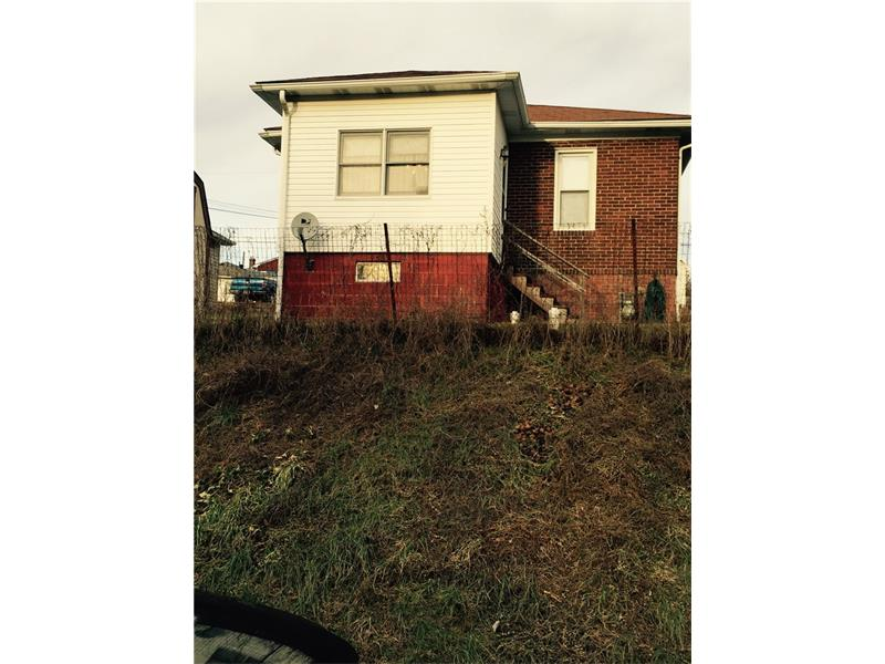 939  Mary St, Langeloth, PA 15054