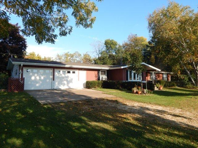 12291 N Zimmerman Rd, Orangeville, IL 61060