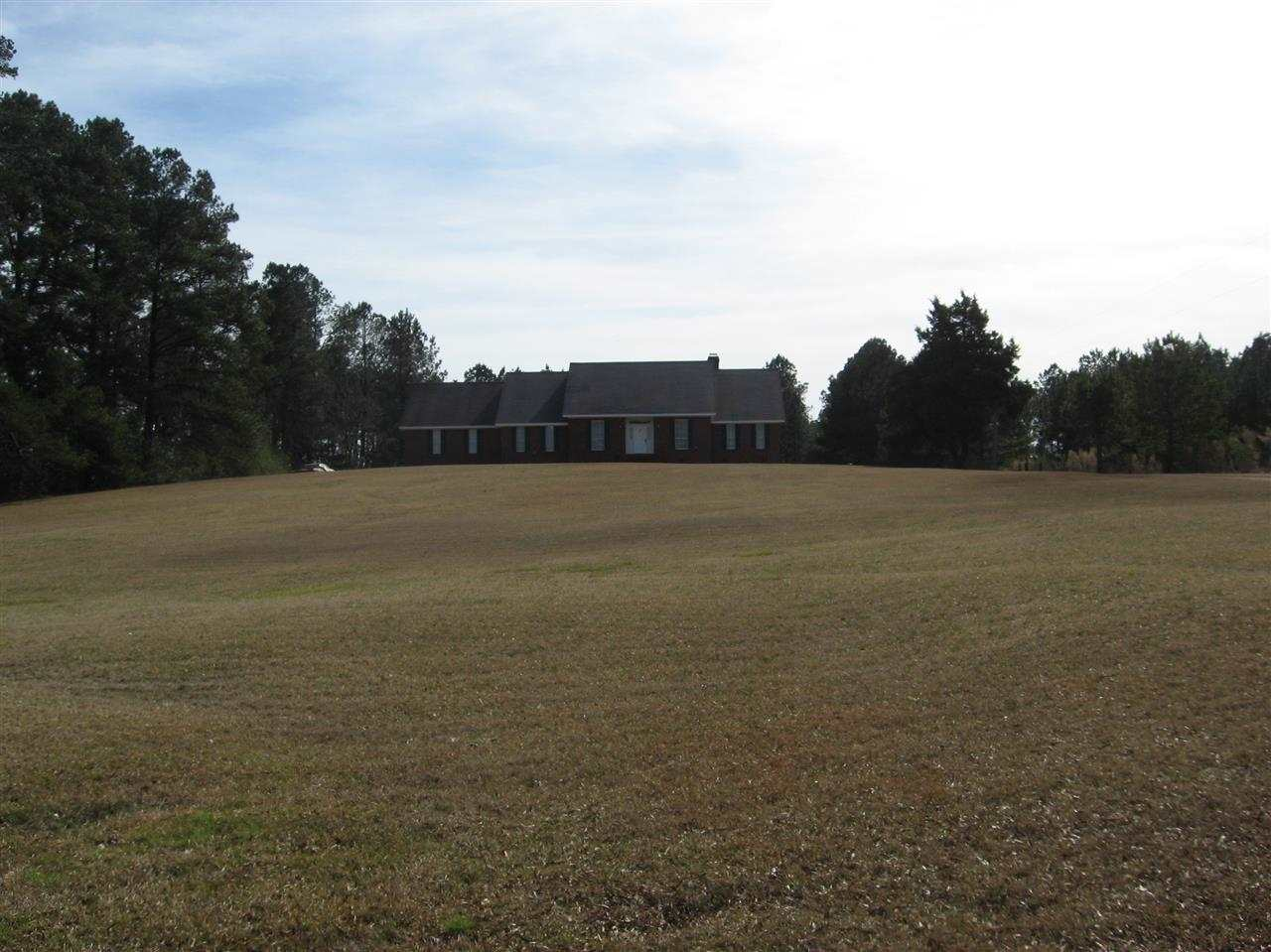 3360  Smith County Rd 52, Louin, MS 39338