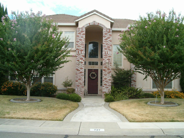 727 Estates Dr, Yuba City, CA 95993