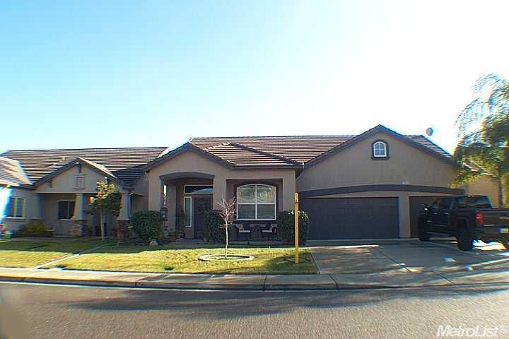 2600  Brickburg St, Denair, CA 95316