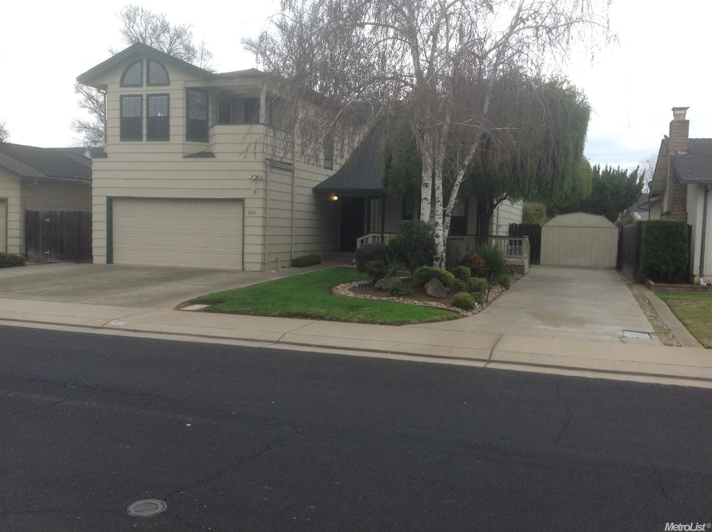 242  Rainier Dr, Lodi, CA 95242