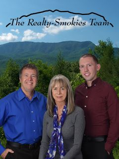 Realty-Smokies Team