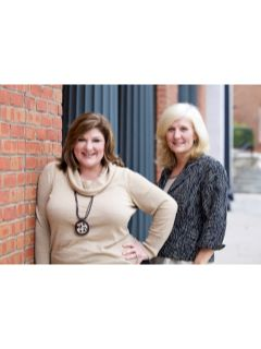 The Carolyn & Kim Team of CENTURY 21 Results Realty Services