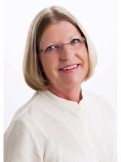 Ellen Schmidt of CENTURY 21 Premier Group