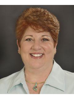 Darlene Pearce - Real Estate Agent