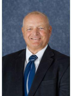 Dennis McGeorge