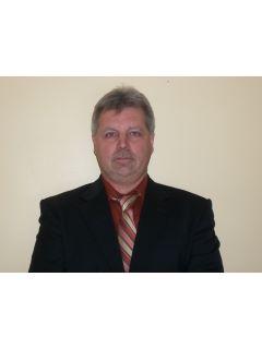 Daniel Kominek - Real Estate Agent