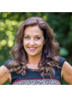 Dee Dee Arrowood - Real Estate Agent