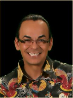 Luis Arias - Real Estate Agent