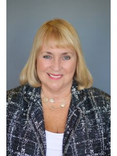 Colleen Barrett - Real Estate Agent
