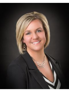 Lindsay Laury - Real Estate Agent