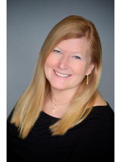 Linda Lee - Real Estate Agent