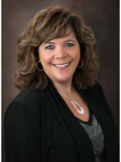 Kelly Padgett - Real Estate Agent