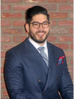 Gustavo Granda - Real Estate Agent