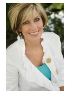 Melody Holt of CENTURY 21 Premier