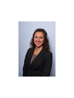 Stephanie Geist of CENTURY 21 Sylvia Geist Agency