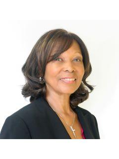 Linda Adams - Real Estate Agent