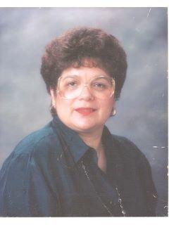 Gloria Tovar - Real Estate Agent