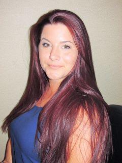 Angela  Lastres