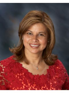 Evelyn Mesad - Real Estate Agent