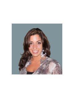 Elena Cesario - Real Estate Agent