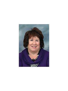Linda Phillips - Real Estate Agent