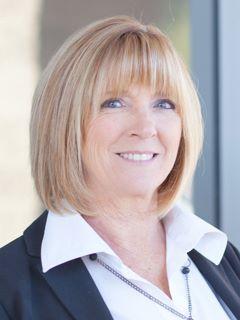 Karen Davis - Real Estate Agent