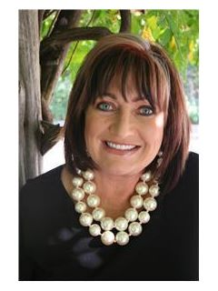 Kathy Hannah of CENTURY 21 Lakes, Land & Auction