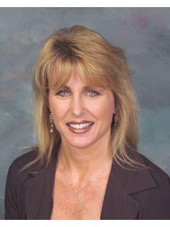 Laura Ferro - Real Estate Agent