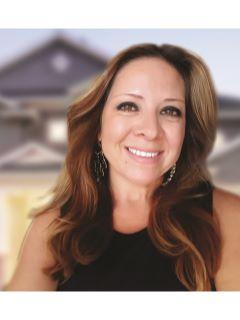 Veronica Vasquez - Real Estate Agent