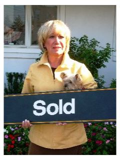 Yvonne Wilburne - Real Estate Agent
