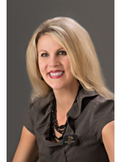 Amanda Speedy - Real Estate Agent