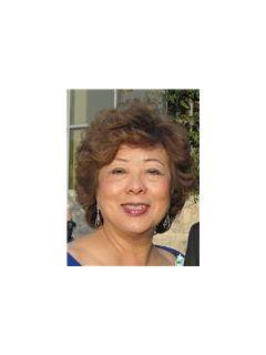 Teresa Wong - Real Estate Agent