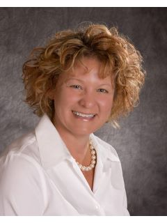 Lori Short of CENTURY 21 Champion Real Estate, Inc.