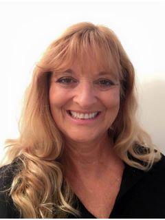 Kimberly  Akins