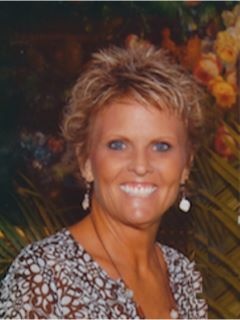 Glenda Gray - Real Estate Agent