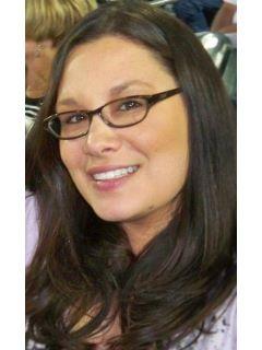 Carlie Jackson - Real Estate Agent