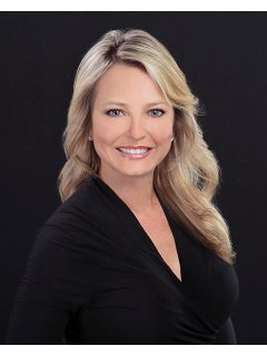 Dawn Adams of CENTURY 21 Judge Fite Company