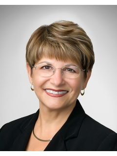 Pauline Lynn - Real Estate Agent