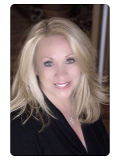 Maggie Richter - Real Estate Agent