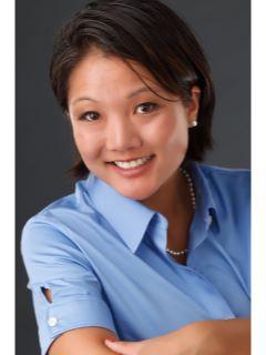 Laura Lahti - Real Estate Agent