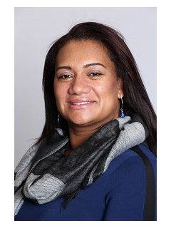 Ivelisse Medina of CENTURY 21 North Shore
