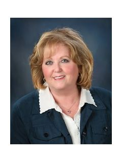 Susan Carr of CENTURY 21 Burkett & Associates