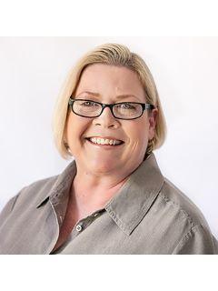 Mitzi Carpenter - Real Estate Agent