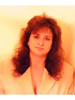 Lisa Alvarado of CENTURY 21 AA Realty