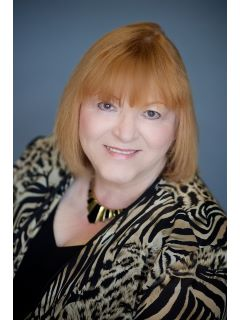 Phyllis Collinet of CENTURY 21 McMullen Real Estate, Inc.
