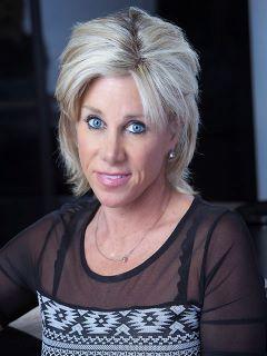 Linda Cooley - Real Estate Agent