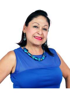 Esthela Macias