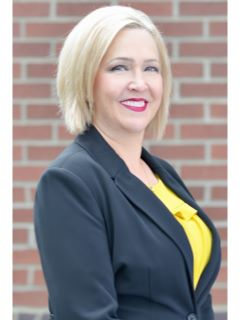 Angie Goodenow of CENTURY 21 Tri-Cities